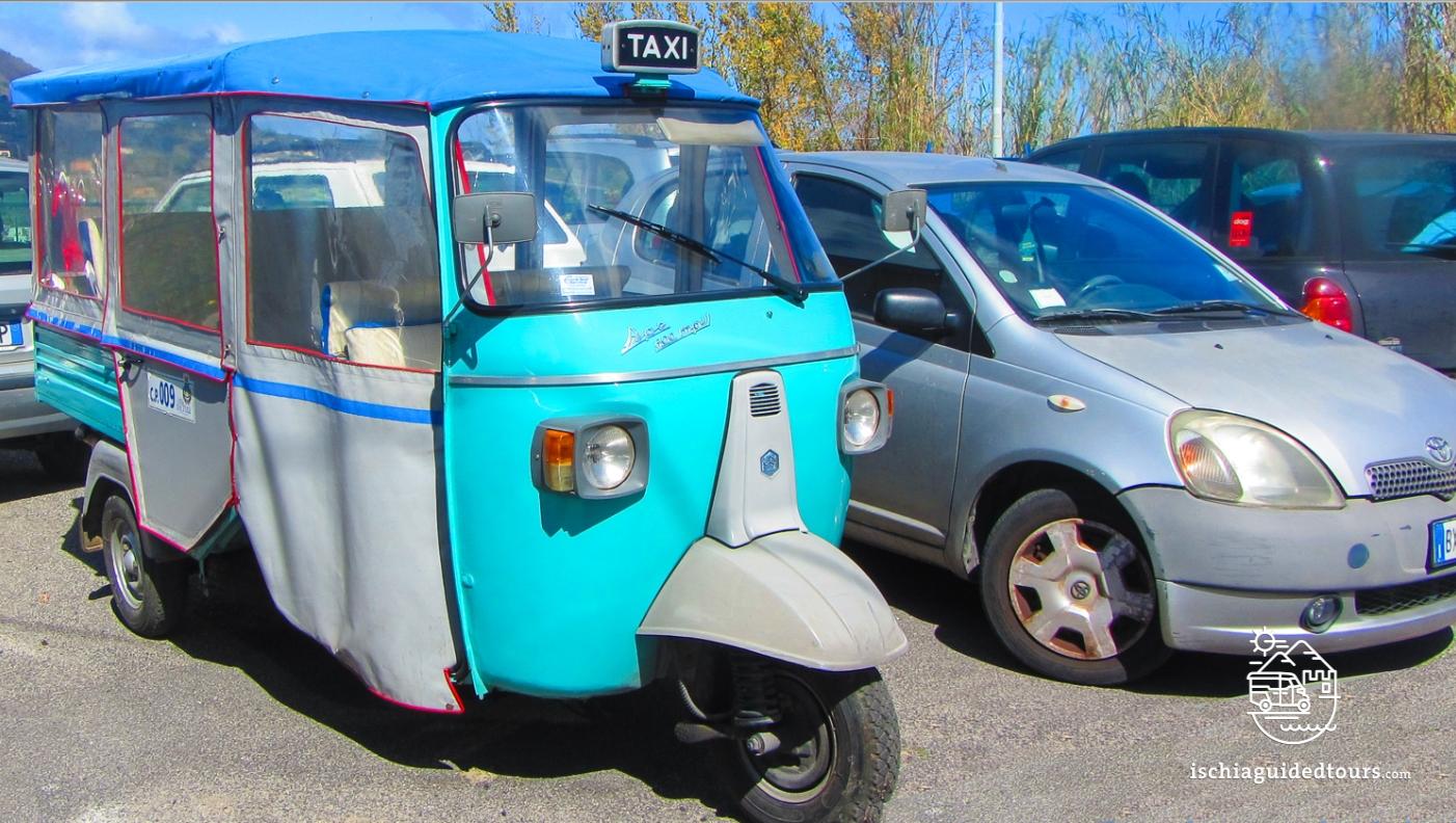 Tuk tuk in Ischia, Apecar in Ischia, microtaxi in Ischia, piaggio tuk tuk, three-wheeler taxi, three wheelers, Ischia taxi, Ischia Ape, Ischia three wheeler, Ischia typical taxi, Capri, analfi coast, calessino, Fiat