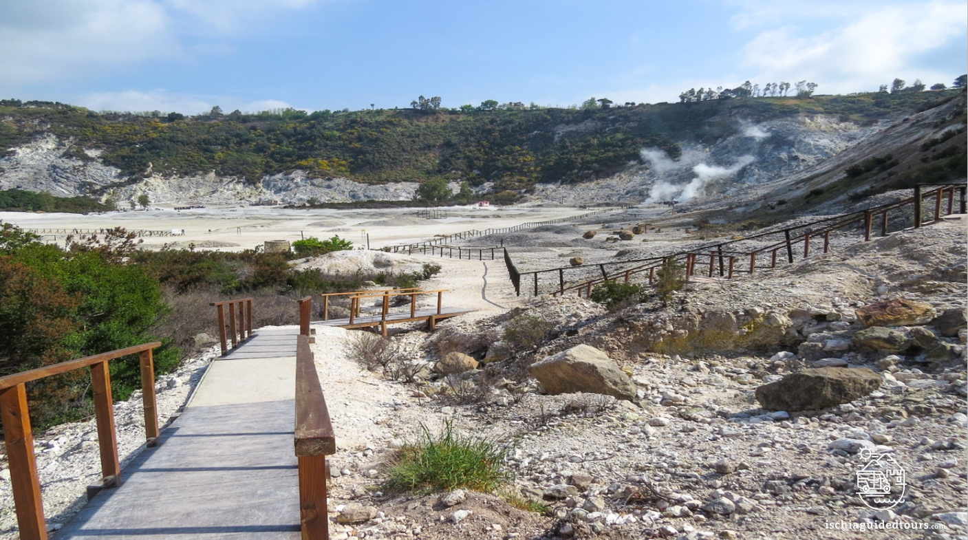 Solfatara in Naples, Solfatara Pozzuoli, Bubbling mud, Campi flegrei, Phlegrean fields Naples, volcano in Naples, Mount Vesuvius, Baia, Naples, Miseno, guided tours Solfatara, volcanoes in Naples, Vesuvius