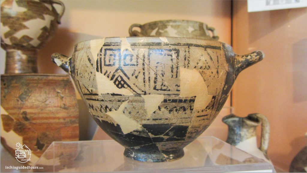 Pithecusa, Villa arbusto Ischia, museo archeologico Ischia, Museo di Pithecusa Ischia, Ischia Pithecussaii, Archaeological museum Ischia, Greek history, Greek ruins Ischia, Greek pottery, Nestor's cup, coppa di nestore, Roman history Ischia, Ancient Greece, Tour in Ischia, Lacco Ameno Museum, Greek artefacts, Greek amphoras, Eubea island, Ischia history, Ischia Greek colony